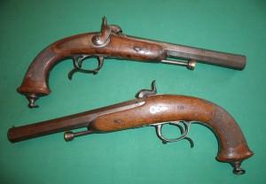 Paire de Pistolets d'Officier 1833