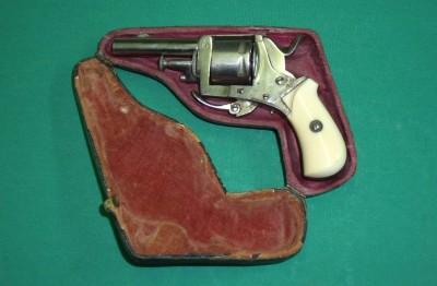 Revolver LEFAUCHEUX 22SHT